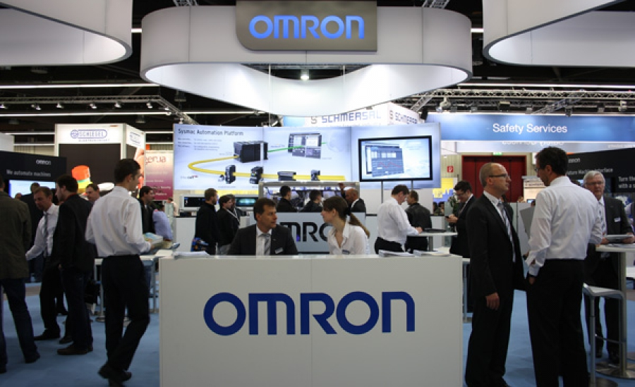 Omron ingeniería eficiente en la SPS IPC Drives 2015