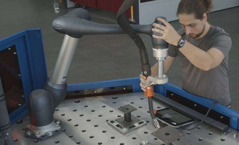 CLOOS and MPA Technology presentan Cobot Welding System
